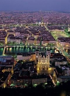1._CREDITS_Tristan_Deschamps_Only_Lyon_Tourisme_et_Congre_s_1.jpg